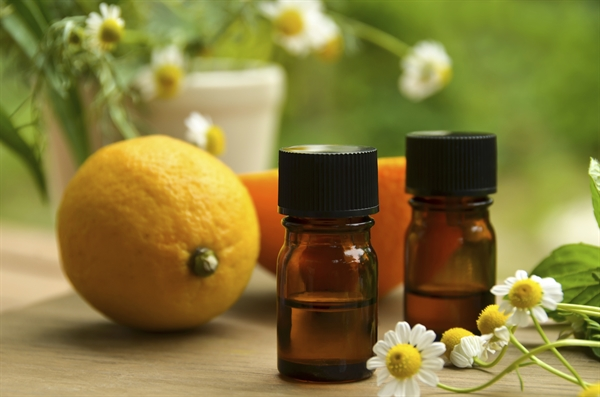 The Essentials on Essential Oils - Interview with Taspen Organics